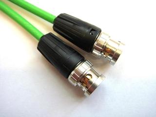 Bild von HDTV062810RT | 10m HDTV 0.6/2.8 AF FRNC-C beidseitig konfektioniert mit Neutrik BNC Rear Twist, schwarze Tüllen
