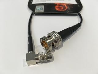 Bild von RG179_RT1023R | _m RG179 schwarz konfektioniert mit 1x BNC Rear Twist, 1x Steckverbinder 1.0/2.3, gewinkelt, schwarze Tüllen